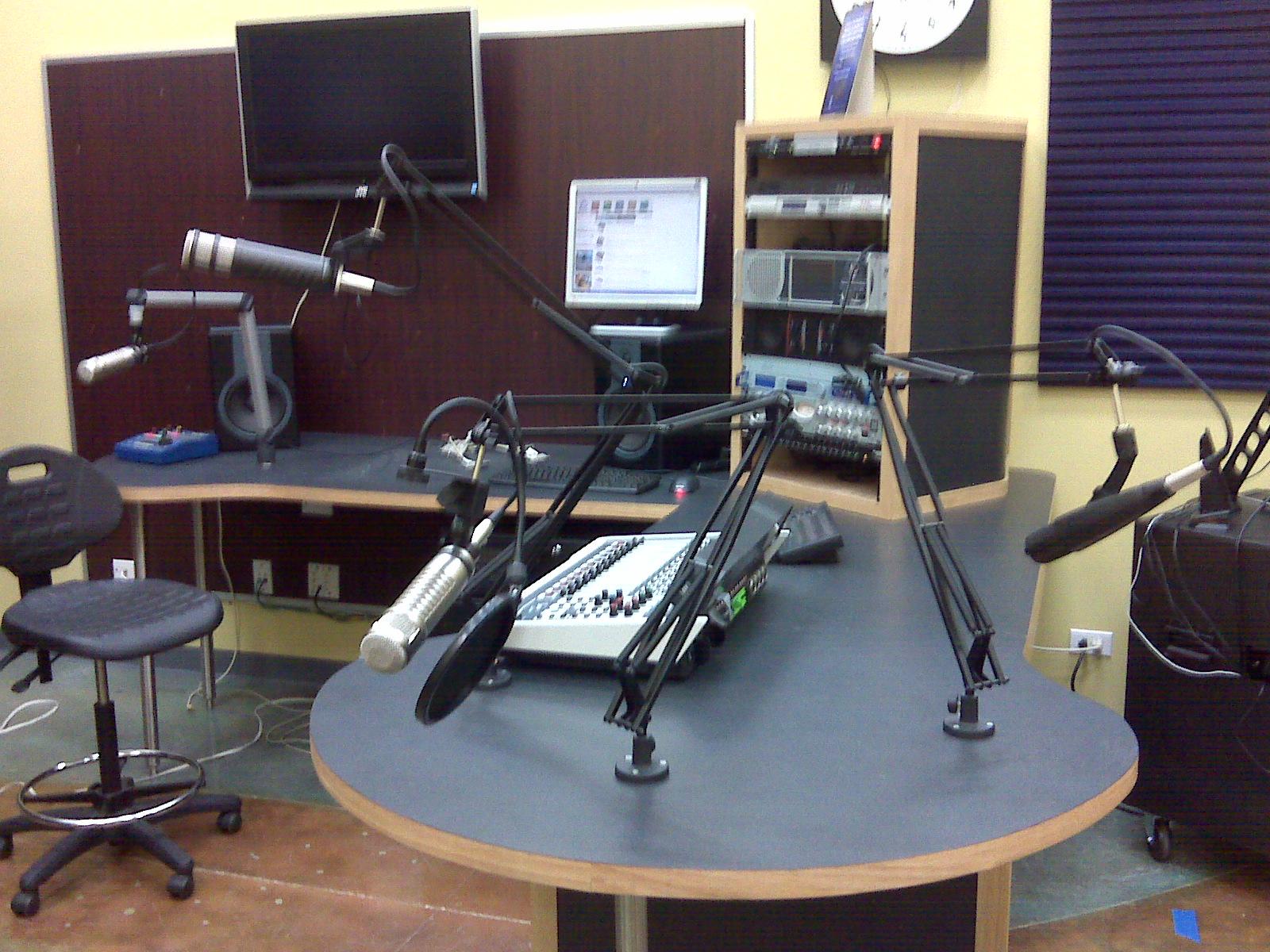 radio_station_1000w